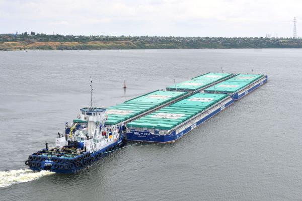 «НІБУЛОН» довів обсяги річкових перевезень вантажів до  2,5 млн тонн на рік