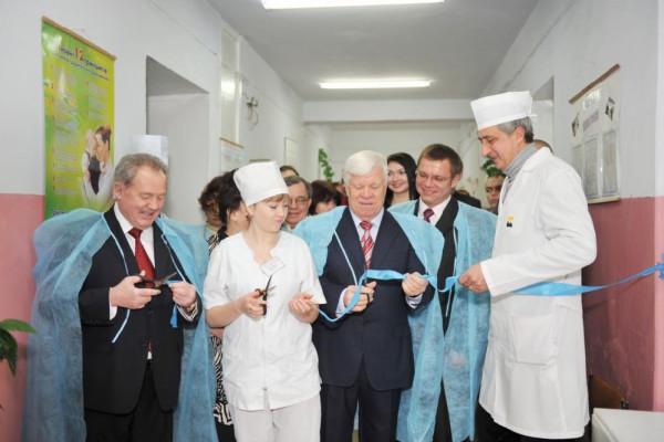 Олексій Вадатурський закликає українців проявити соціальну відповідальність та звернути увагу на проблеми дитячої медицини!
