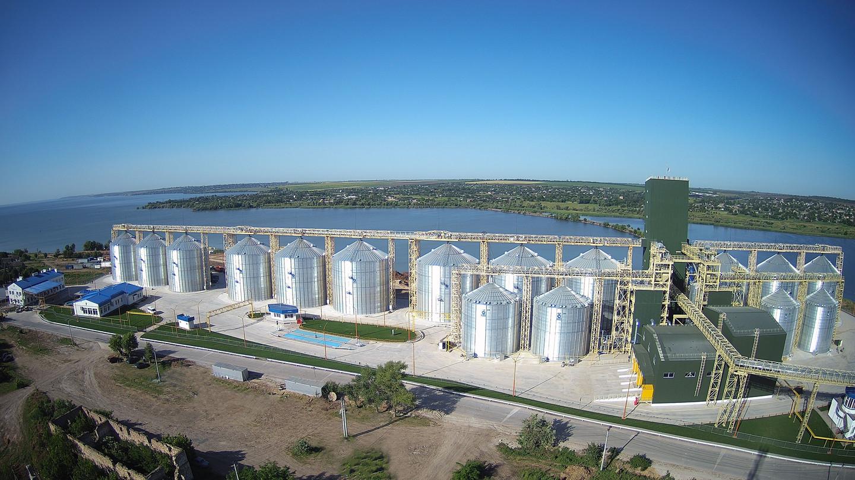 Пресреліз: «НІБУЛОН» відкриває новий річковий перевантажувальний термінал на Дніпрі