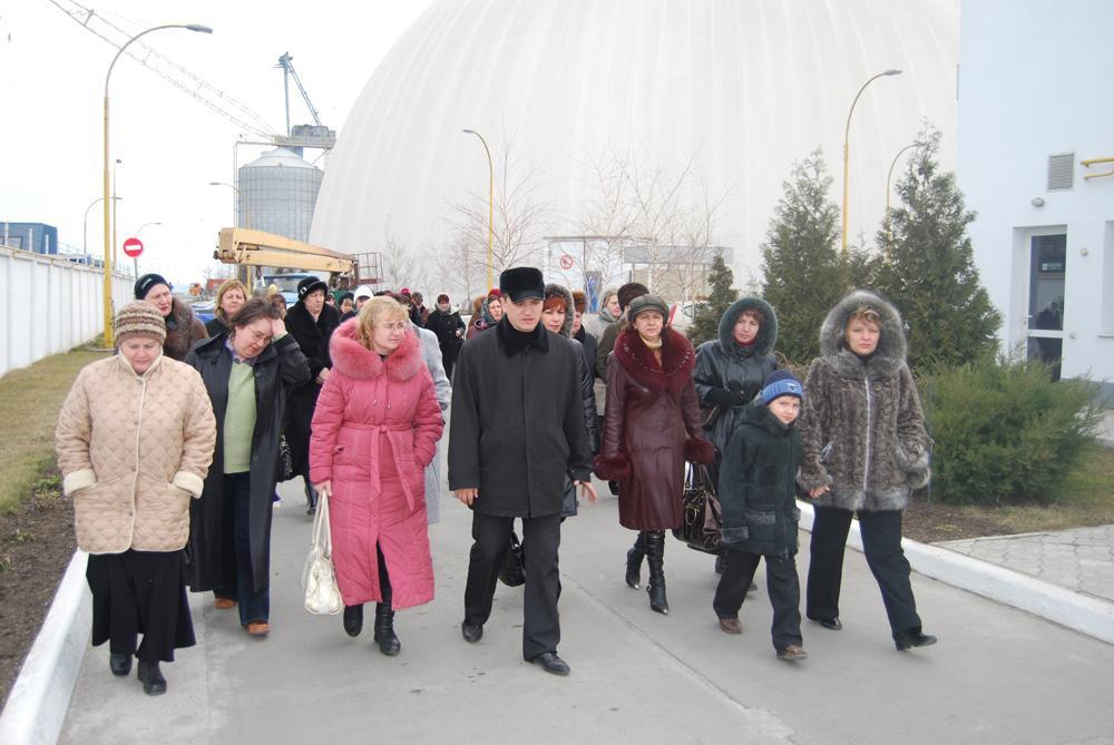 Візит вчителів та учнів старших класів Миколаївської ЗОШ №24