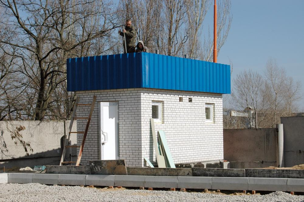 Будівництво зовнішніх санвузлів