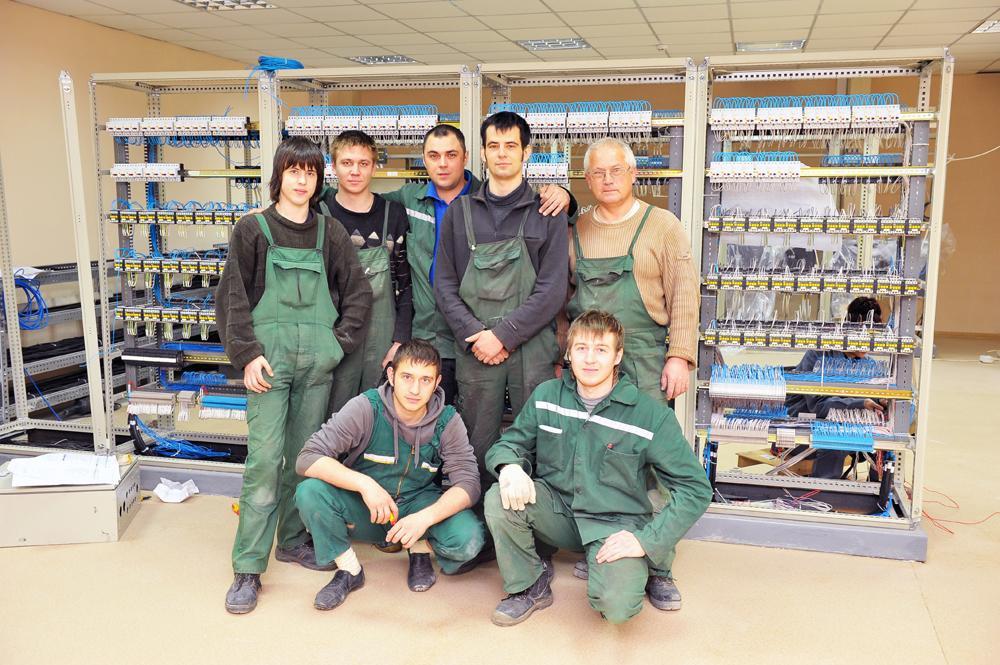 Завершено монтаж обладнання в робочій підстанції автомобілерозвантажувача