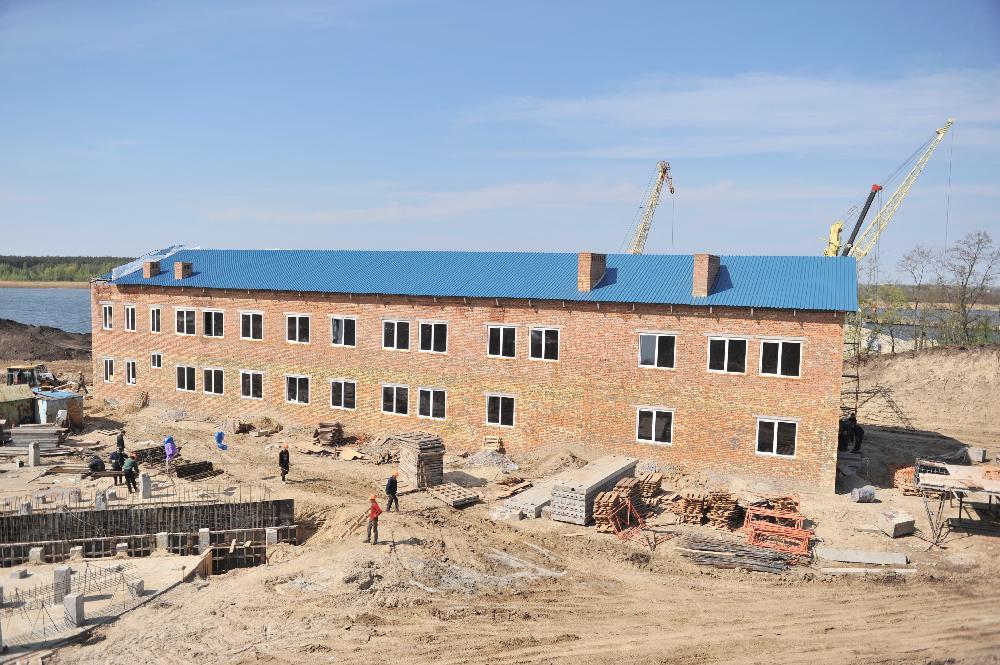 Будівництво адміністративно-лабораторного корпуса