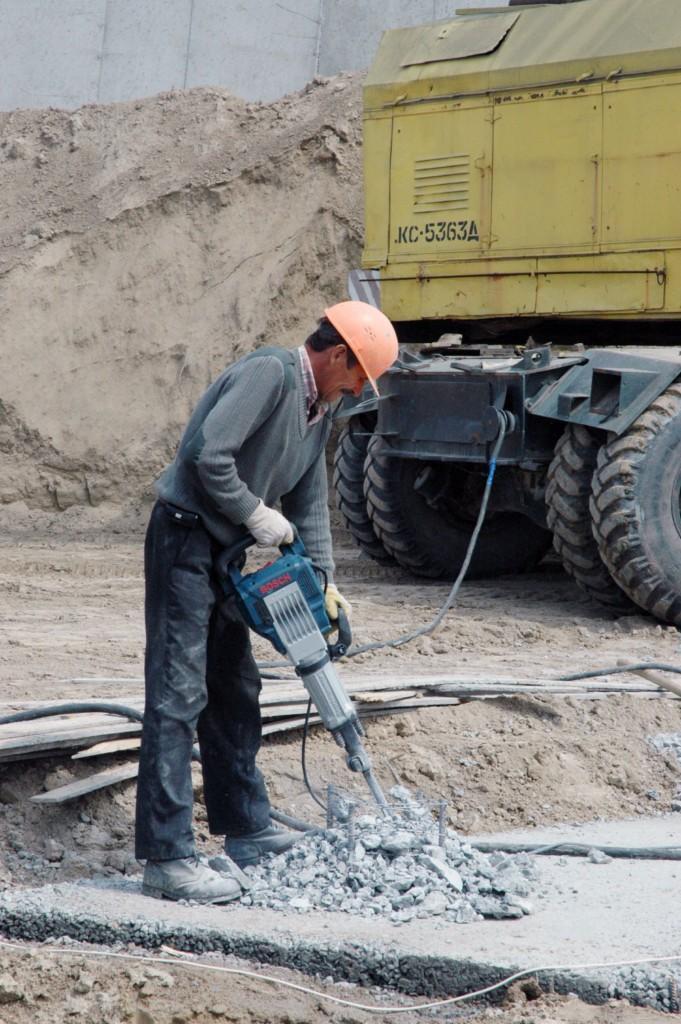 Зведення фундаментів зерносховищ