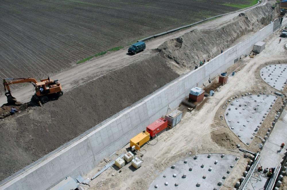 Будівництво підпірної стіни