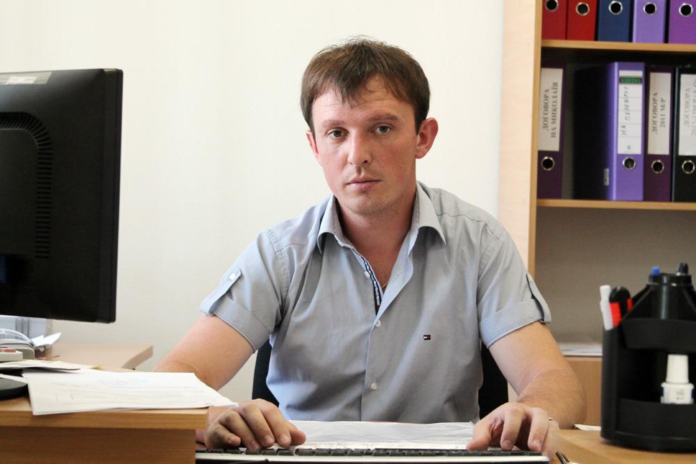 Економіст з документообігу торгівельно-закупівельної діяльності Стаднік Євген