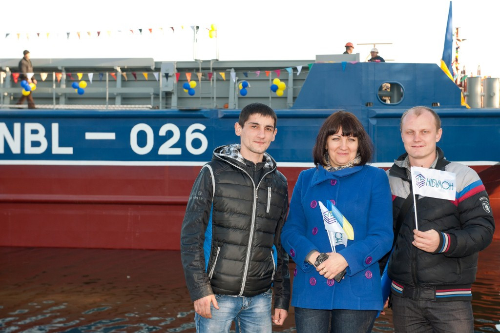 Президент Украины Петр Порошенко побывал с рабочим визитом на судостроительно-судоремонтом заводе «НИБУЛОН»