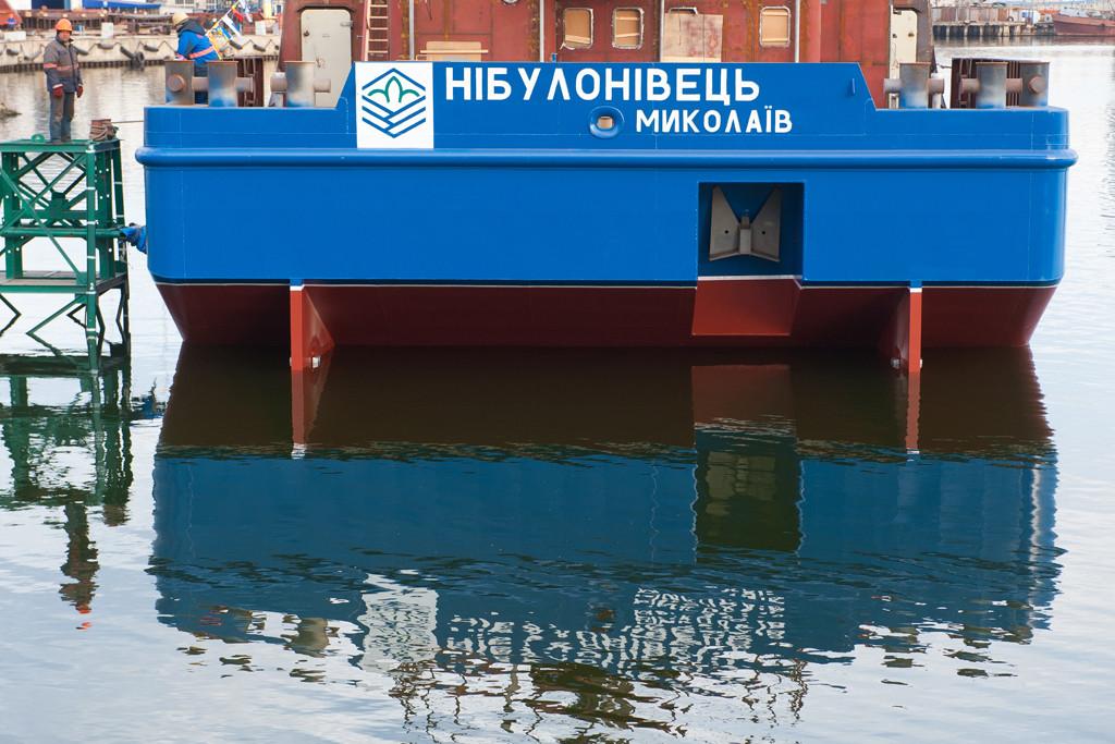 Плавучий кран «НІБУЛОНІВЕЦЬ» спущено на воду