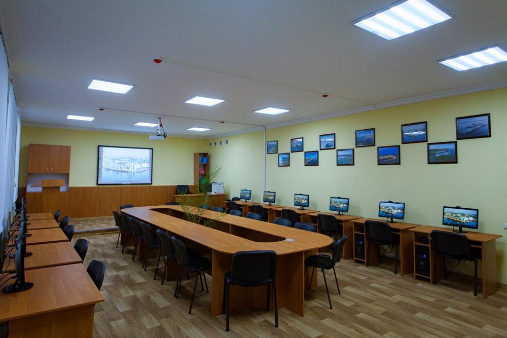 Відкриття сучасного комп'ютерного кабінету, облаштованого ТОВ СП