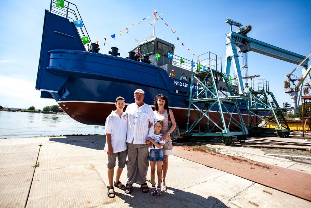 Віктор Чантурія разом з родиною