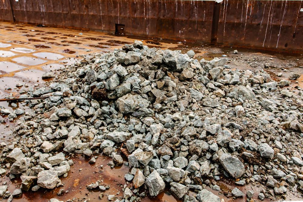 «НІБУЛОН» провів у реальних умовах експериментальні роботи з поглиблення скелястого дна на одному з порогів Дніпра