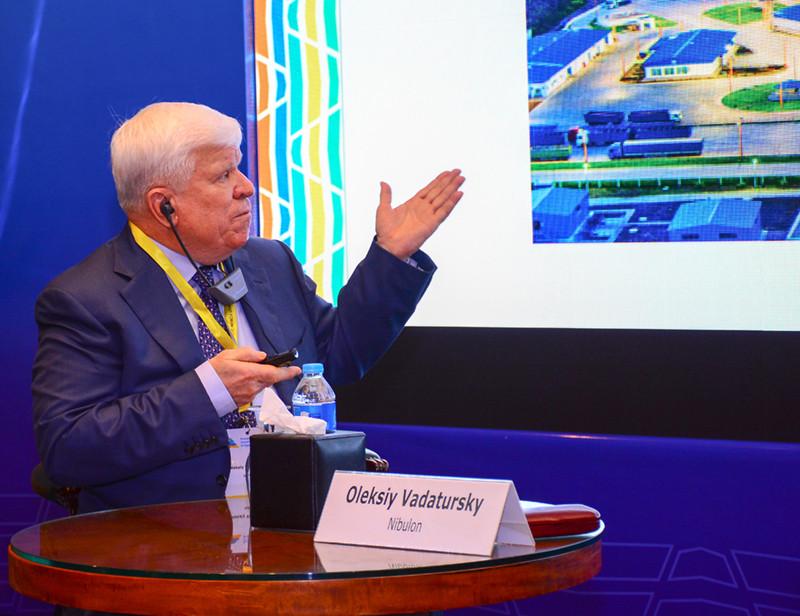 Гендиректор О. Вадатурський презентує діяльність компанії «НІБУЛОН»