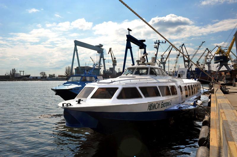 Підготовка суден на підводних крилах «НІБУЛОН Експрес» до початку перевезень