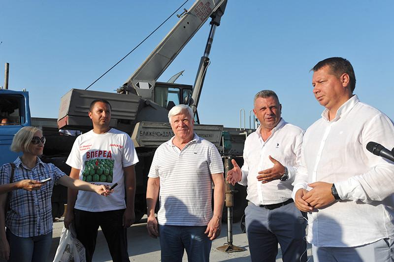 Кавуни повернулися на Дніпро