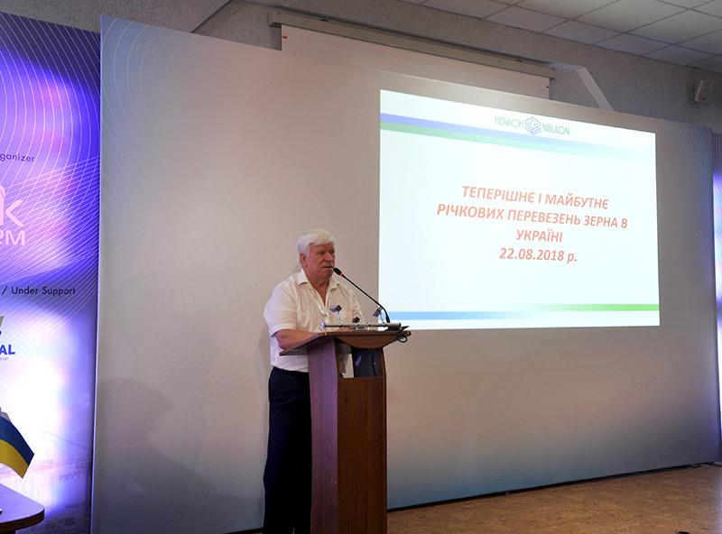 Генеральний директор ТОВ СП «НІБУЛОН», Герой України Олексій Вадатурський