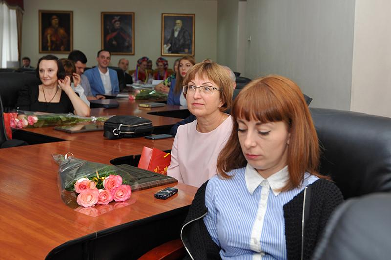 Нагородження переможців регіонального туру Всеукраїнського рейтингу «Сумлінні платники податків»