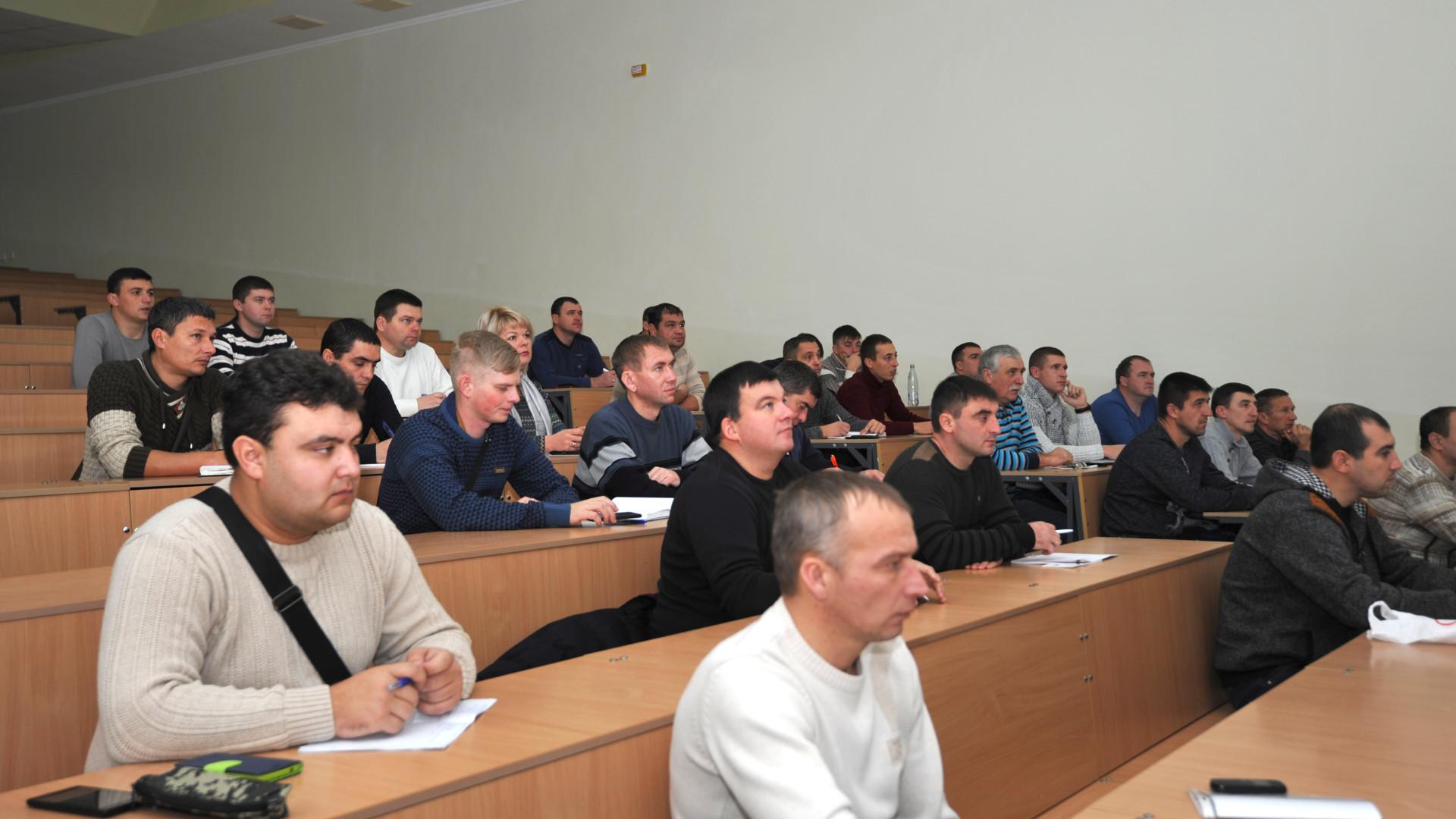 Спеціалісти  Південного регіону компанії «НІБУЛОН» у Миколаївському національному аграрному університеті