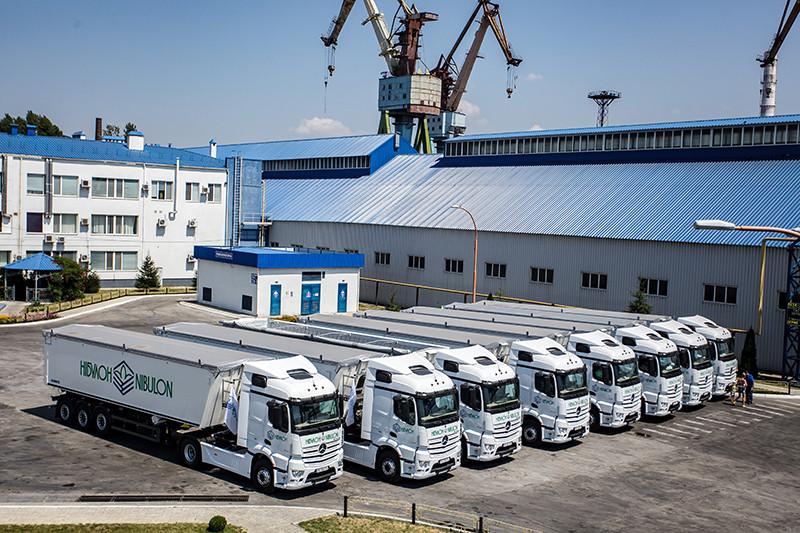 Вантажний автопарк компанії
