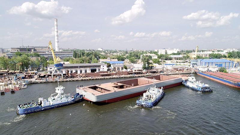 Перше 140-метрове судно – унікальний і надпотужний плавкран «NIBULON MAХ»
