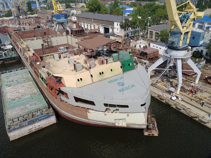 ССЗ «НІБУЛОН» повністю завершив формування носової частини міцного корпусу 140-метрового перевантажувача