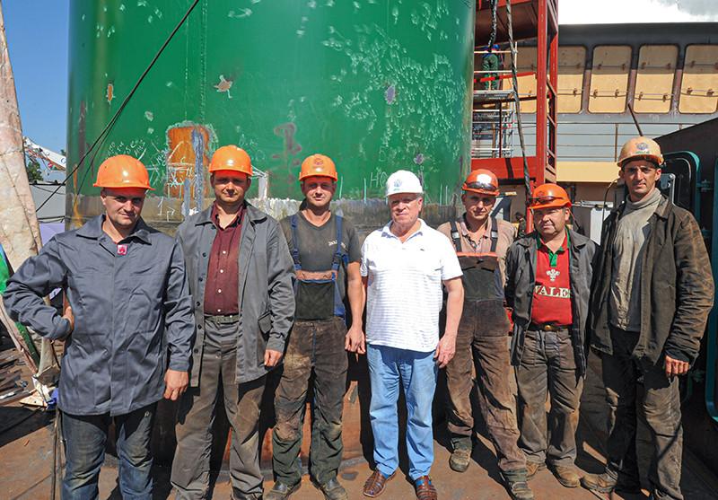 Наші герої праці, які будують сучасний флот України