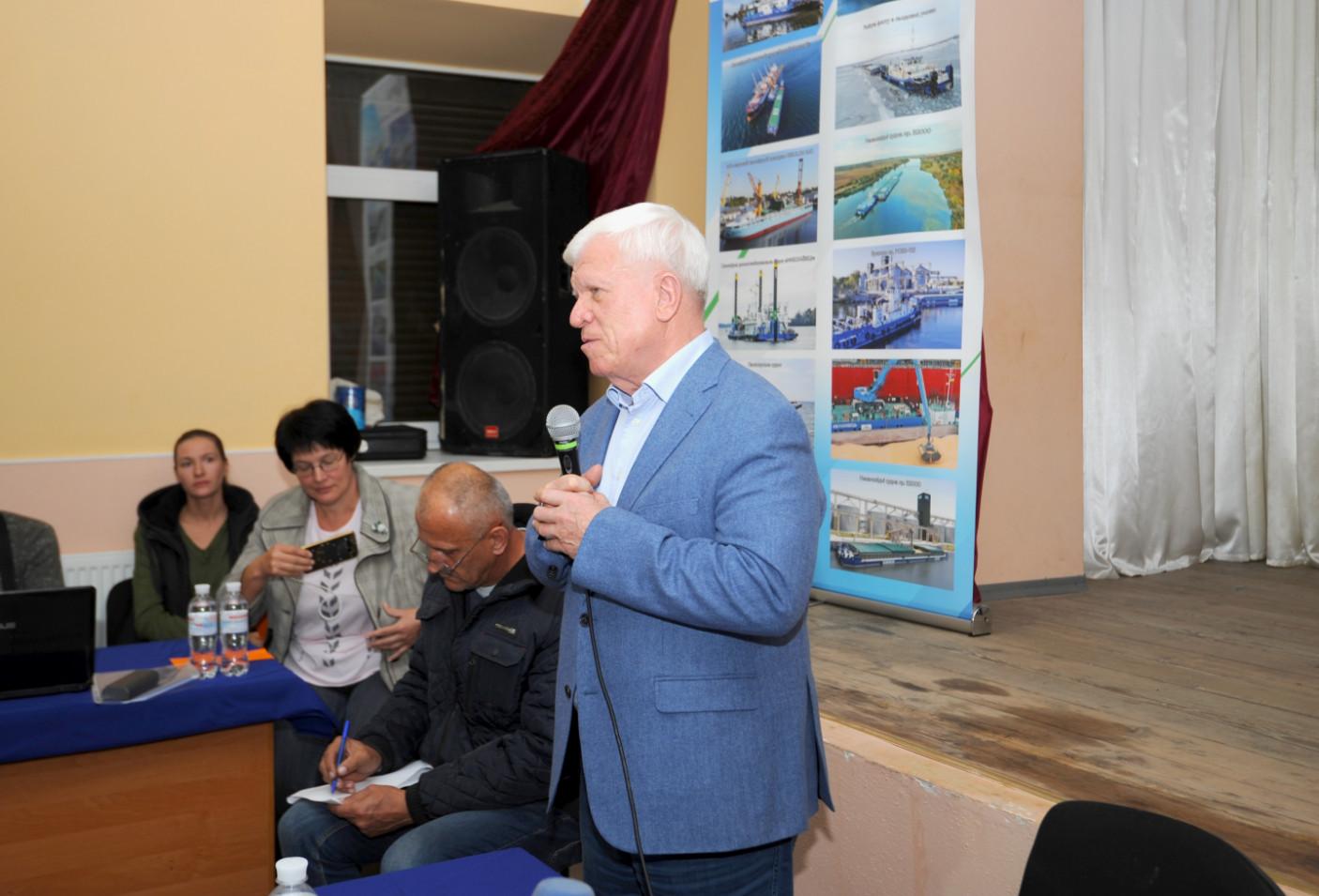 18 жовтня 2019 року відбулися громадські слухання щодо внесення змін у Генплан міста Миколаєва та можливого будівництва нашою компанією сучасного високотехнологічного перевантажувального термінала на в'їзді в мікрорайон Матвіївка у Миколаєві.
