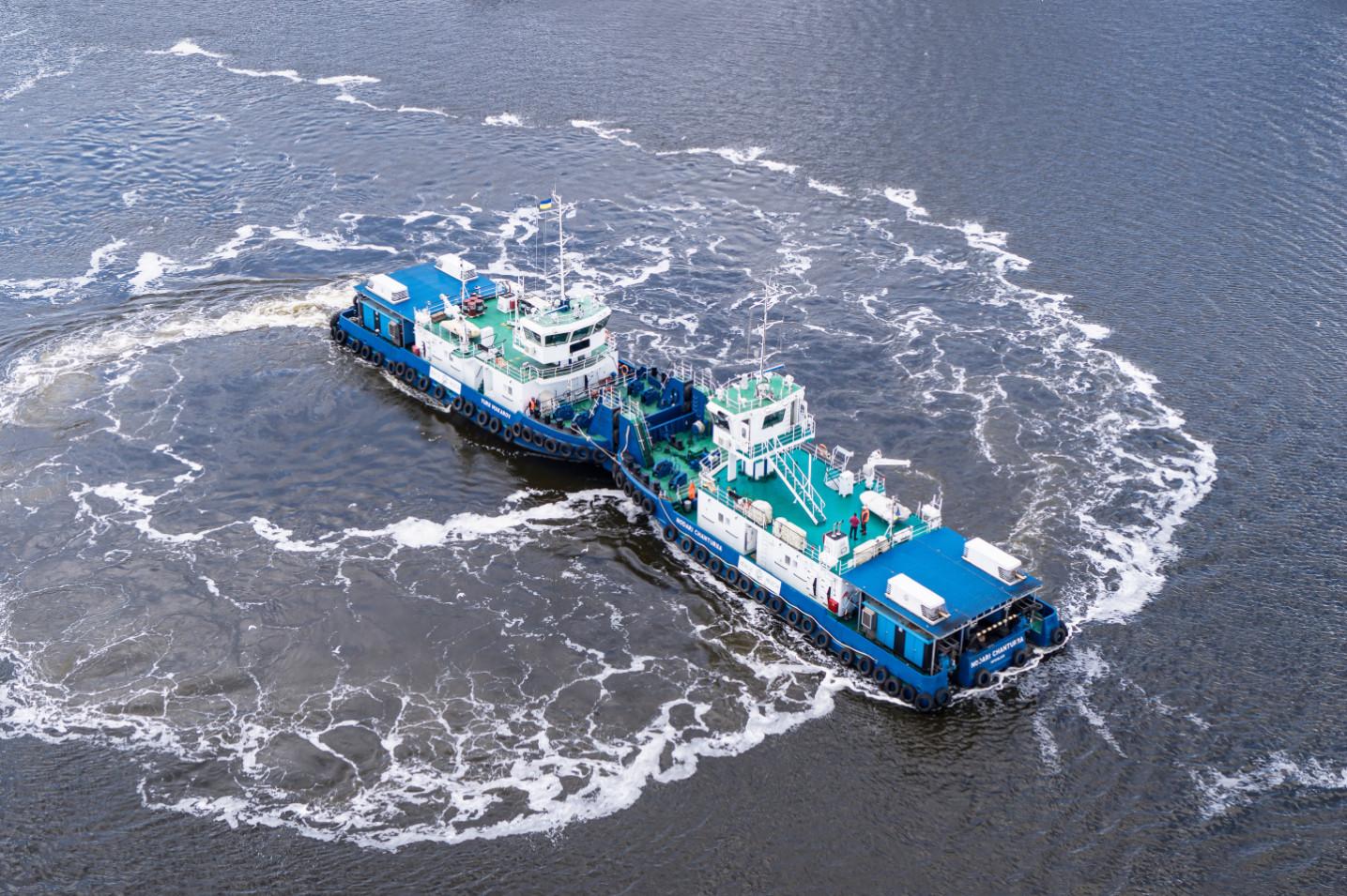 2019 рік – грандіозне водне шоу за участі суден усієї лінійки «НІБУЛОНівського» флоту