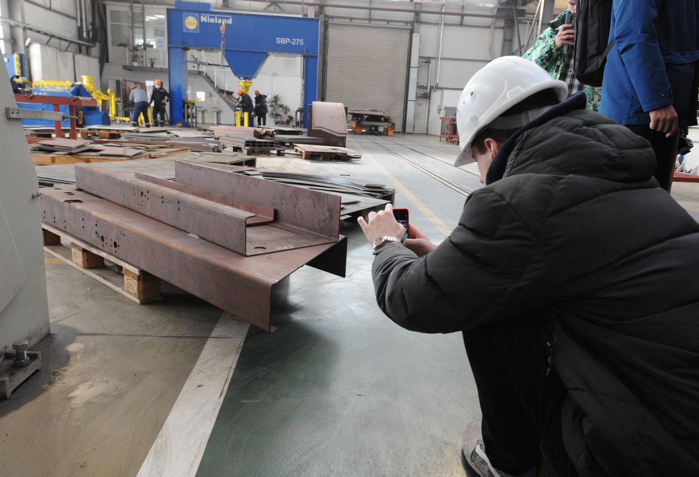 Нове покоління УАЛівців познайомилося із суднобудівним заводом «НІБУЛОН»