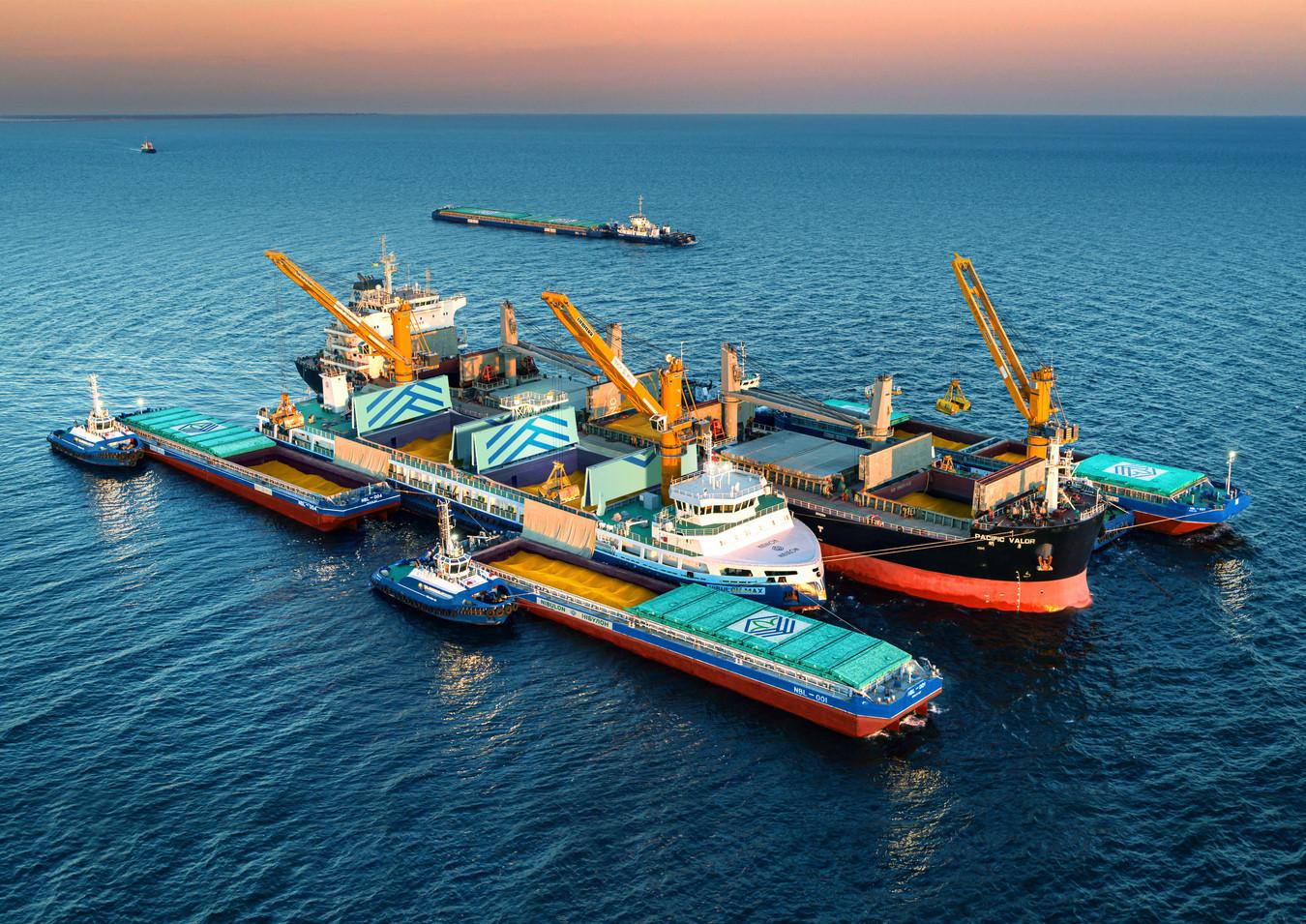 Вже втретє експерти Національного морського рейтингу України визнали Олексія Вадатурського «Людиною року на водному транспорті»