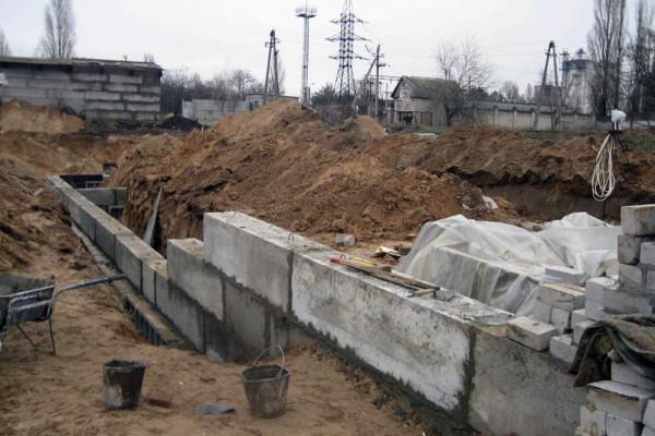 Стан будівництва елеватора філії «Кам'янка-Дніпровська», 09.01.2010 (фоторепортаж)