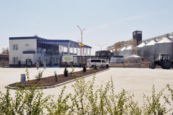 Стан будівництва елеватора філії «Кам'янка-Дніпровська», 24.04.2010 (фоторепортаж)