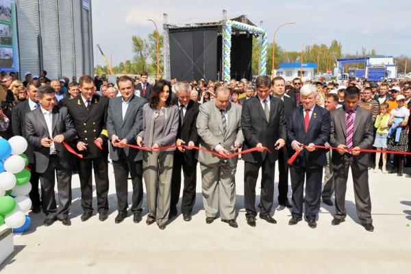 «НИБУЛОН» открыл самый большой речной терминал в Украине