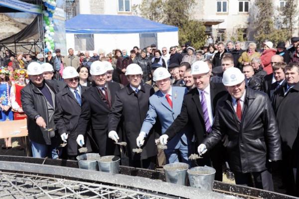 <b>«НИБУЛОН» строит базу для своего флота на Днепре – прямые ворота на мировые рынки</b>