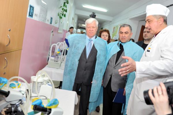 Олексій Вадатурський закликав миколаївців не відвертатися від проблем громади