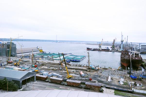 Будівельні роботи на перевантажувальному терміналі «НІБУЛОН» у Миколаєві в розпалі