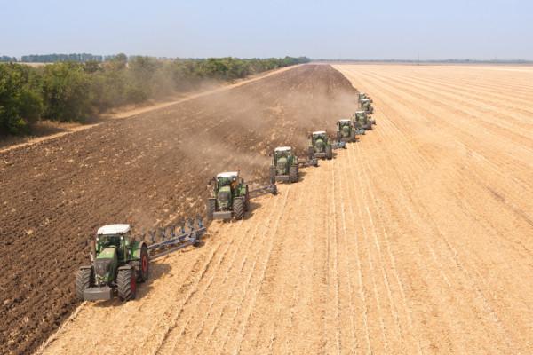 Виробничі філії компанії завершують підготовку сільгосптехніки до нового аграрного сезону