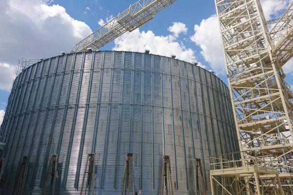 Компанія завершила монтаж металоконструкцій додаткових ємностей на філії «Кременчуцька»