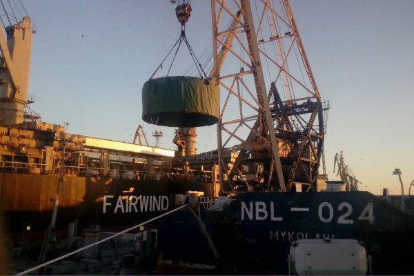 Флот компанії «НІБУЛОН» освоює перевезення великогабаритних вантажів