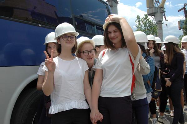 Цікаво й пізнавально: гімназисти відвідали миколаївські підприємства НІБУЛОНа
