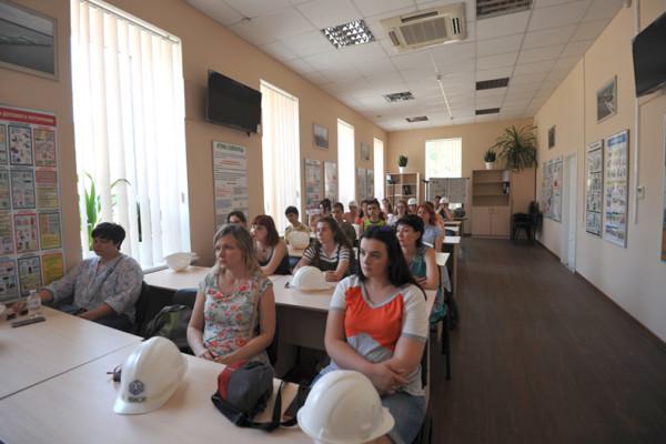 Миколаївські школярі, учасники програми Access, знайомляться із «НІБУЛОНом»