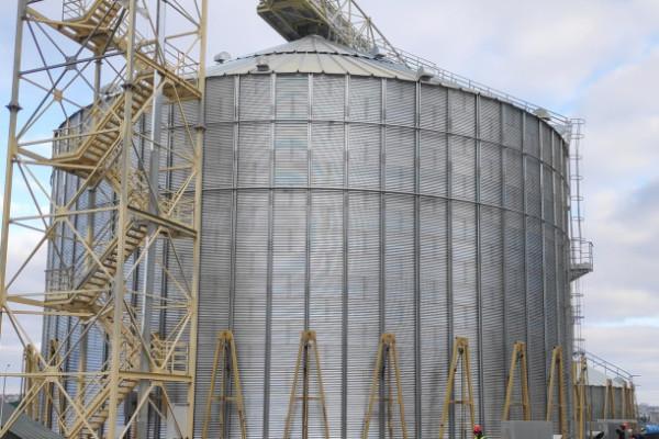 NIBULON Constructs Two Additional Silos at Voznesenska Branch