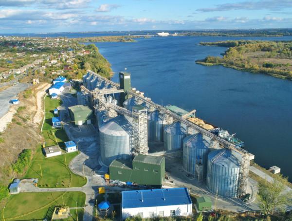 У новий рік за третім мільйоном: філія «Козацька» першою перетнула позначку у 2 млн тонн прийнятої сільгосппродукції