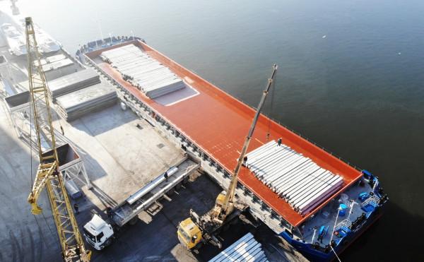 Нове несамохідне судно компанії проєкту В1500 пішло у свій перший рейс