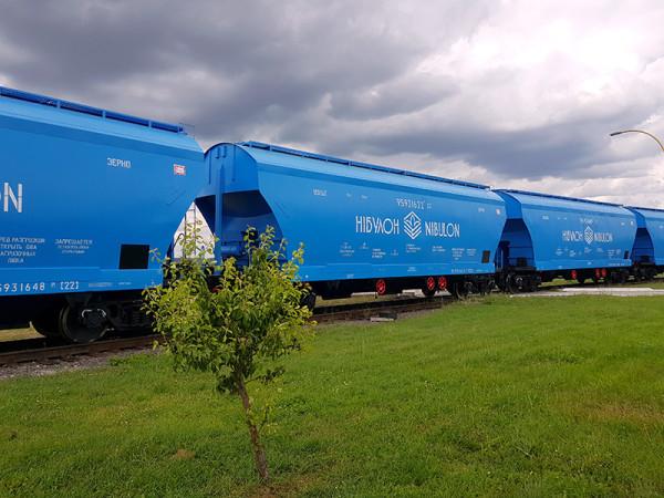 «НІБУЛОН» та «ОТП Лізинг» уклали договір лізингу на вагони придбані у 2019 році