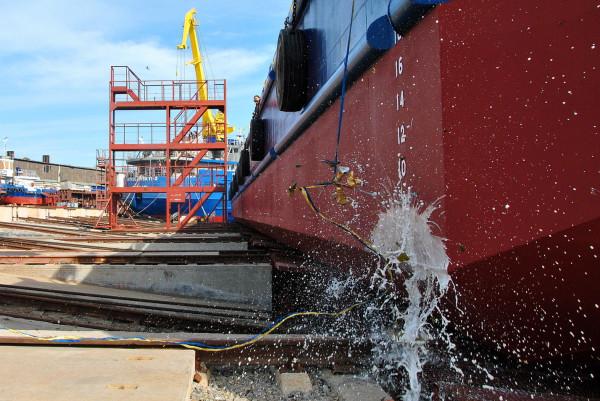 «НІБУЛОН» спустив на воду друге несамохідне судно проєкту В1500