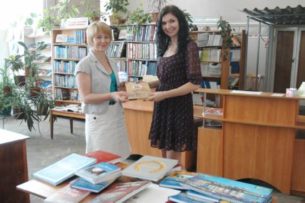 Компанія «НІБУЛОН» подарувала нові книги бібліотекам Миколаєва