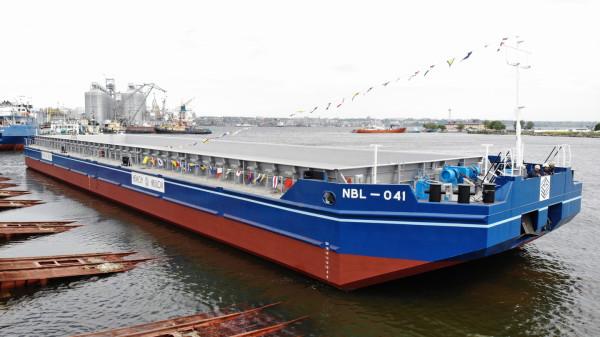«НІБУЛОН» спустив на воду третє несамохідне судно проєкту В1500