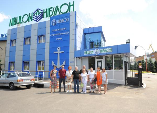 Підприємства «НІБУЛОНа» з ознайомчою екскурсією відвідали лікарі Миколаївського обласного центру лікування інфекційних хвороб