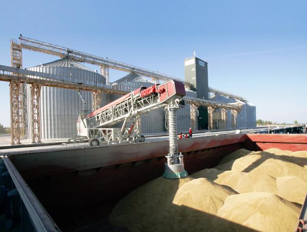 «НІБУЛОН» продовжує демонструвати нові досягнення з експорту у 2020/21 МР