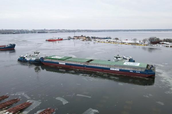 «НІБУЛОН» у робочому режимі спустив на воду уже шосте несамохідне судно проєкту NBL-91